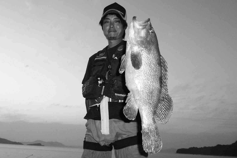 投げ釣りアコウ1