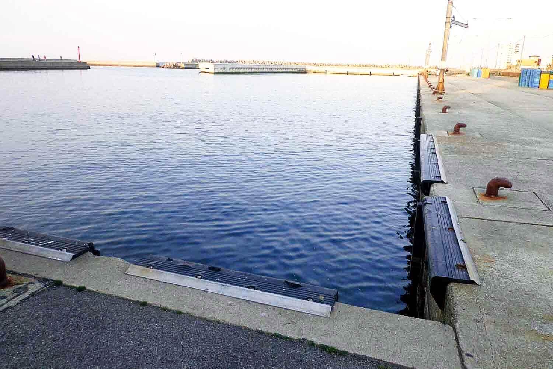 ヨット 釣り 淡輪 ハーバー