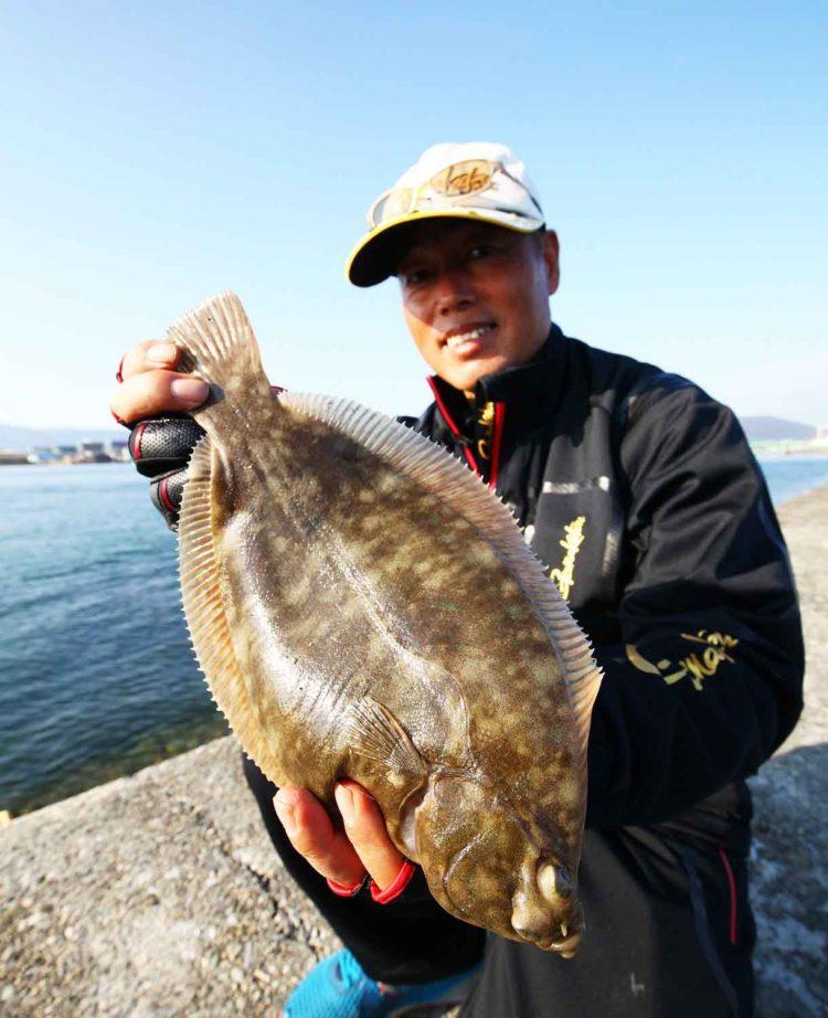 圧倒的な釣果に迫る!! 矢野勝彦の投げ釣りカレイ戦略|遠投釣法の極意を解説